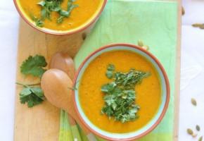 Zuppa di carote e coriandolo